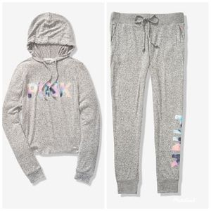PiNK SET COZY PULLOVER & JOGGER